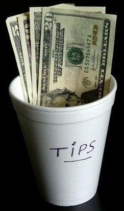 hotel restaurant tips