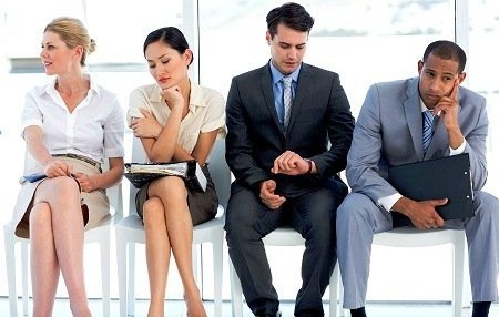 waiting-for-hotel-restaurnat-job-interview