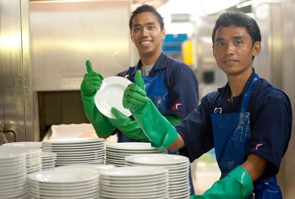 kitchen-steward-dishwasher-job-description