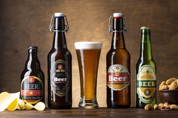 different types of alcoholic drinks wine beer champagne